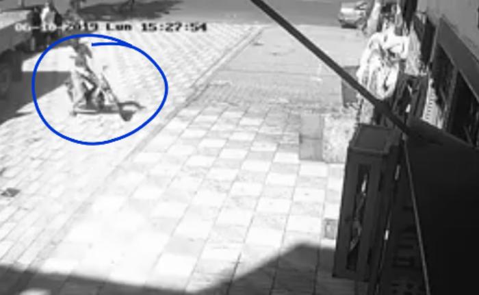 """فيديو: سرقة """"صاك"""" من سيدة بدرب فريحة بسباتة بالدارالبيضاء"""
