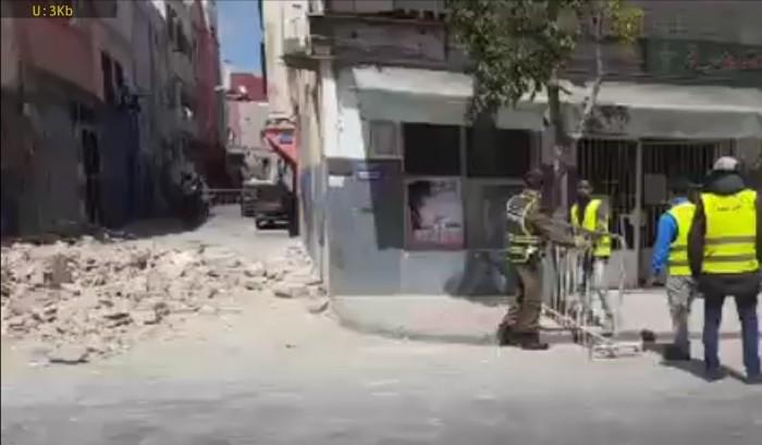 درب سلطان.. انهيار منزل ونقل ضحيتين إلى مستشفى