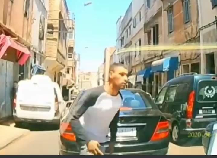 سرقة هاتف بدرب الكبير الدار البيضاء