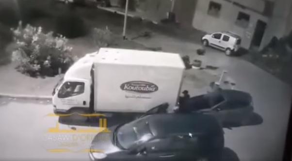 توقيف لص يستعمل سيارة بصفائحها مزورة لسرقة محتويات السيارات بضواحي الدار البيضاء